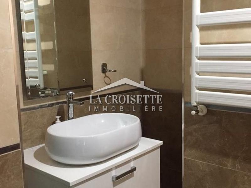 Un bel appartement s+3 meublé Lac2