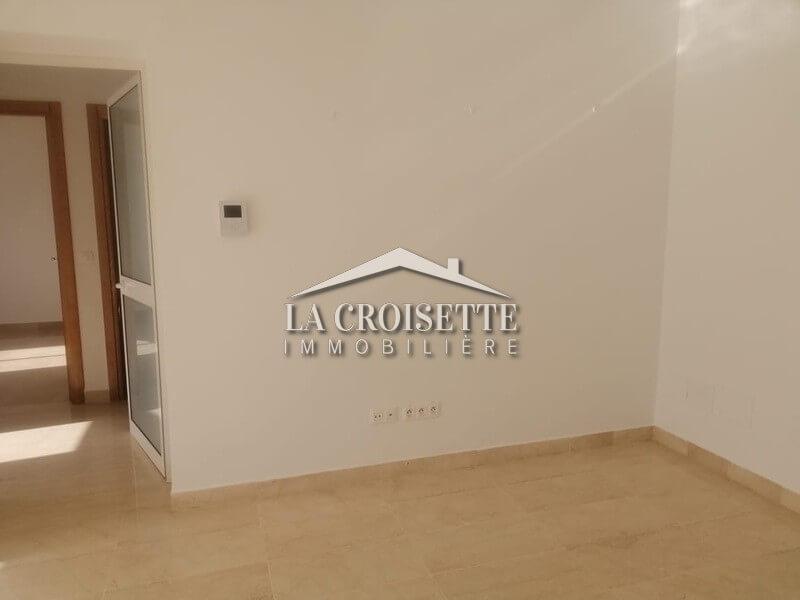 Un appartement s+2 à les berges du lac 2