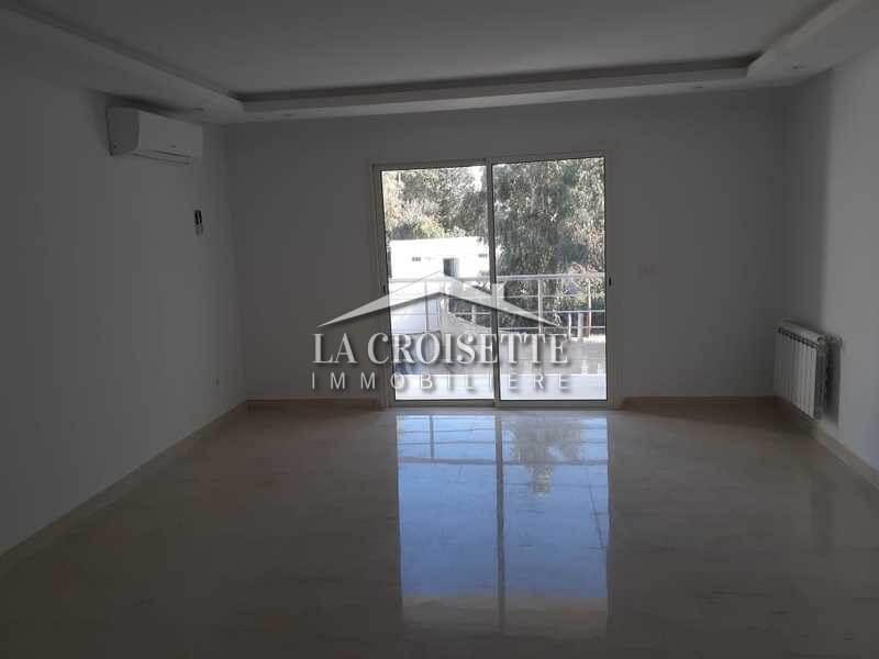 Appartement s+3 à la Soukra