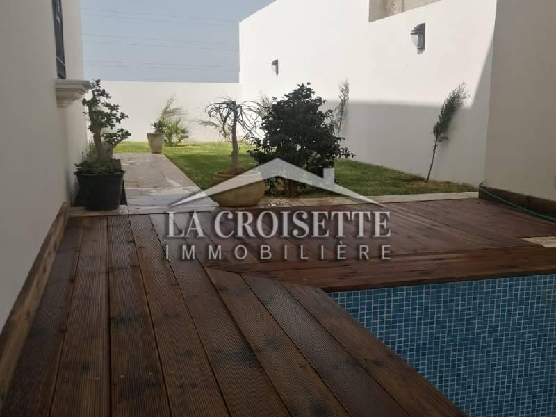 Villa plain-pied avec piscine à La Soukra