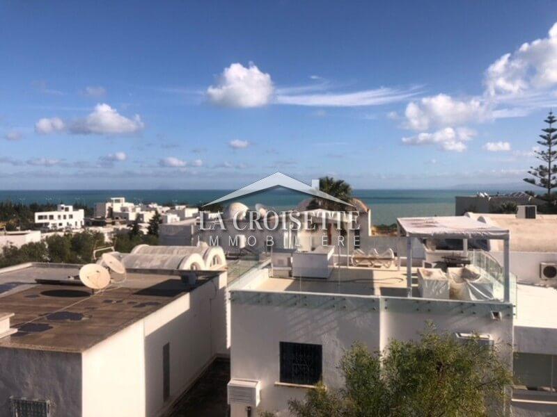 Duplex meublé à Gammarth avec vue sur mer