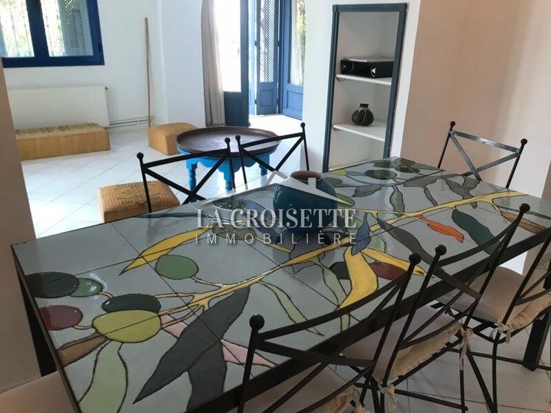 Un duplex S+3 meublé à Gammarth