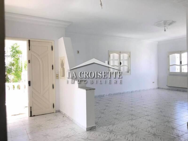 Un étage de villa S+3 à La Marsa