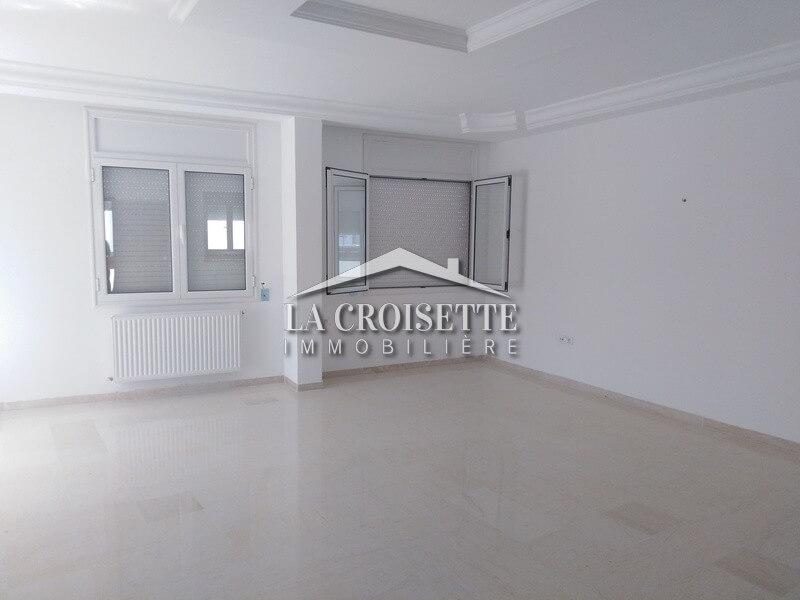 un étage de villa S+3 à Ain Zaghouan Nord