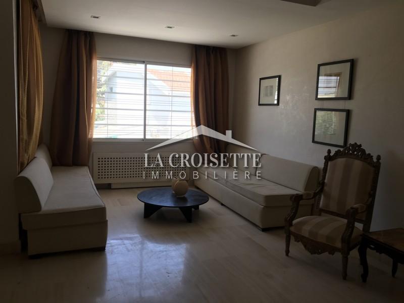 étage de villa richement meublé à la Soukra
