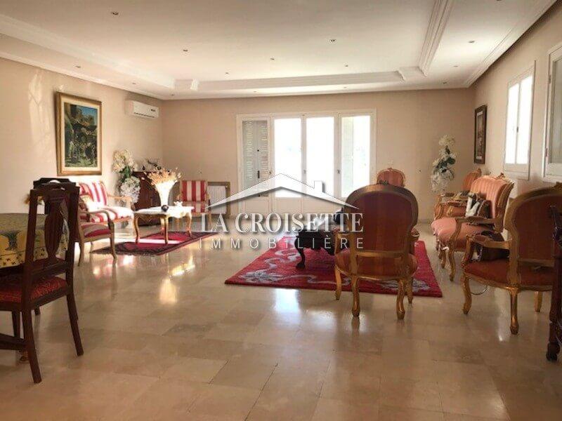 Une belle villa meublée à la Soukra