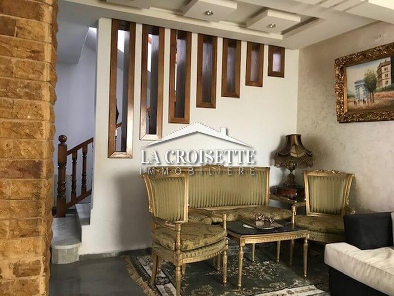 Duplex S+3 meublé à Sidi Daoud