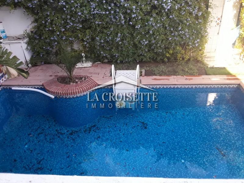 Villa S+2 meublée à La Marsa
