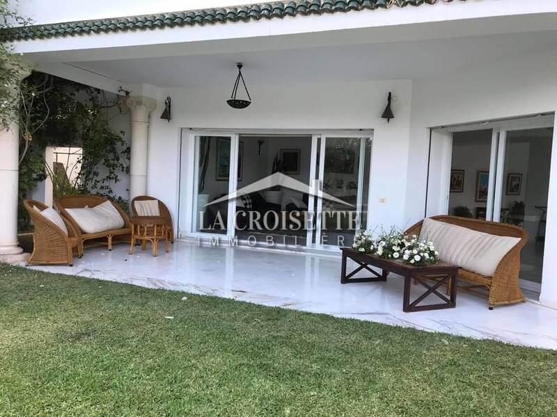 Une villa S+5 meublée avec piscine à Gammarth Supérieur