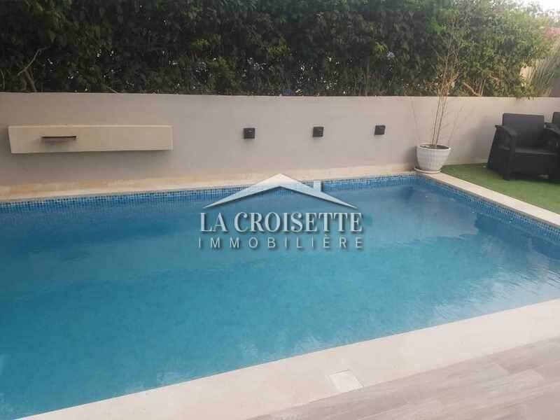 Une villa S+3 meublée avec piscine à La Soukra