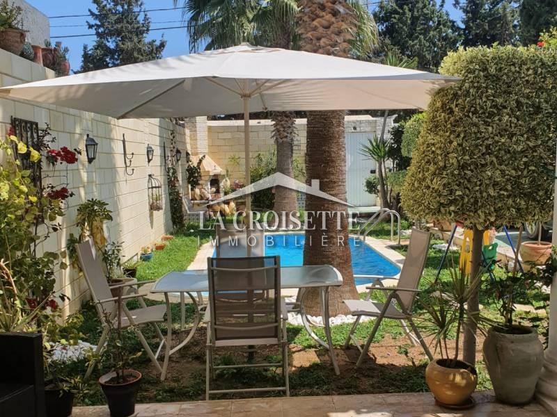 Villa S+4 avec piscine à La Soukra