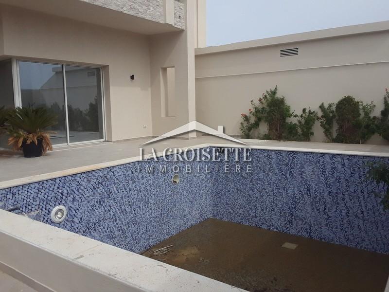 Une villa S+4 neuve avec piscine à La Marsa