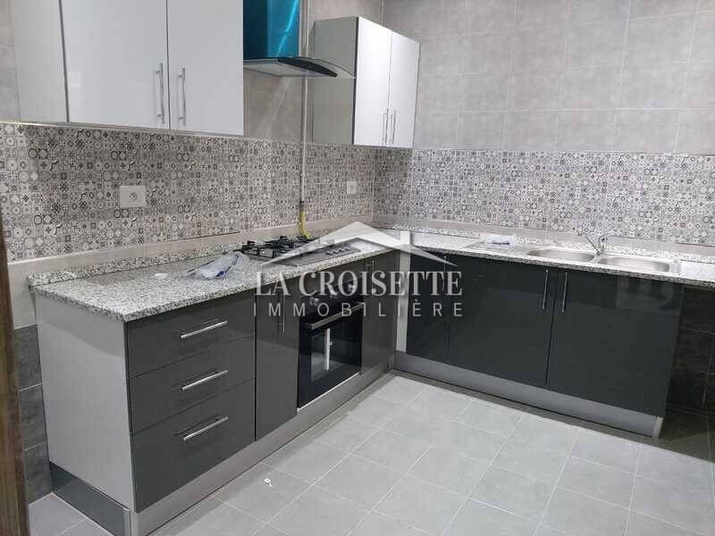 Un appartement à La Soukra s+3