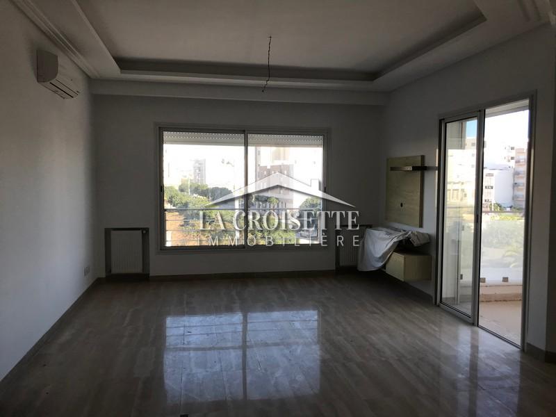 Un appartement en s+3 à Ain Aaghouan nord