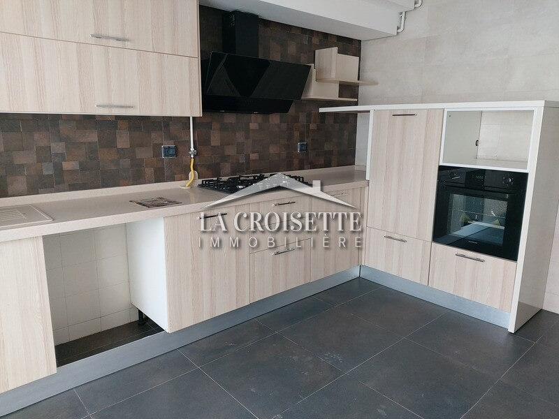 A vendre un appartement s+3 haut standing à la Soukra(Choutrana1)