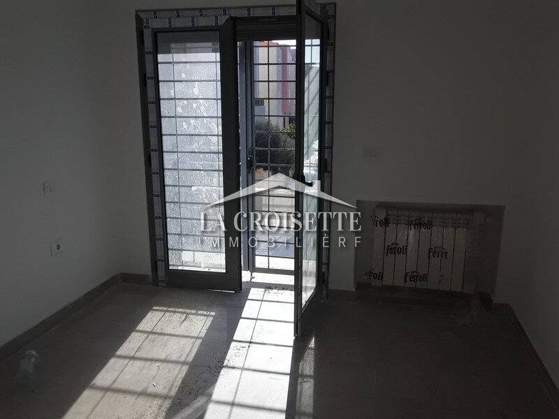 Appartement en s+3 à Ain Zaghouan nord