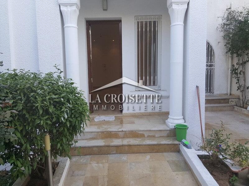 A louer un duplex s+4 à Ain Zaghouan (Avenue Khaled Ibn El Walid )