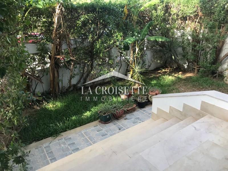 Duplex S+3 avec jardin à La Marsa