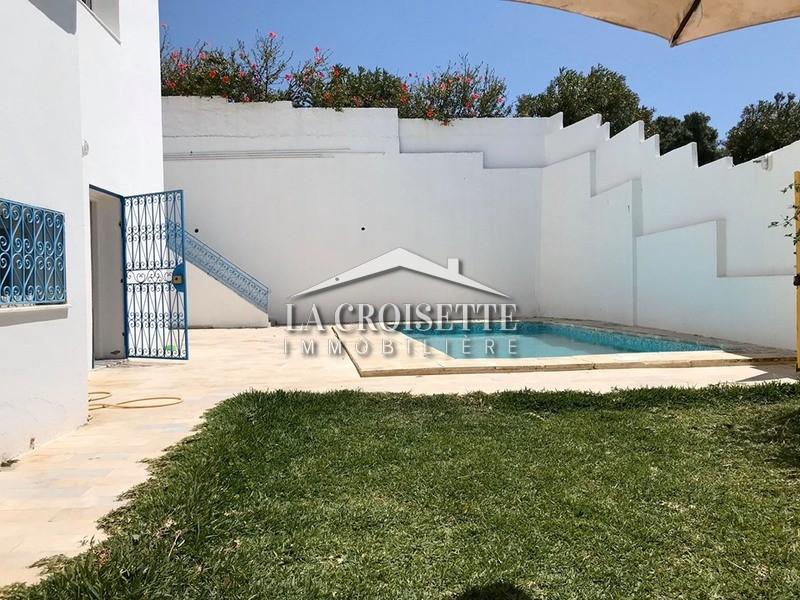 S+3 meublé avec piscine à Sidi Bou Said
