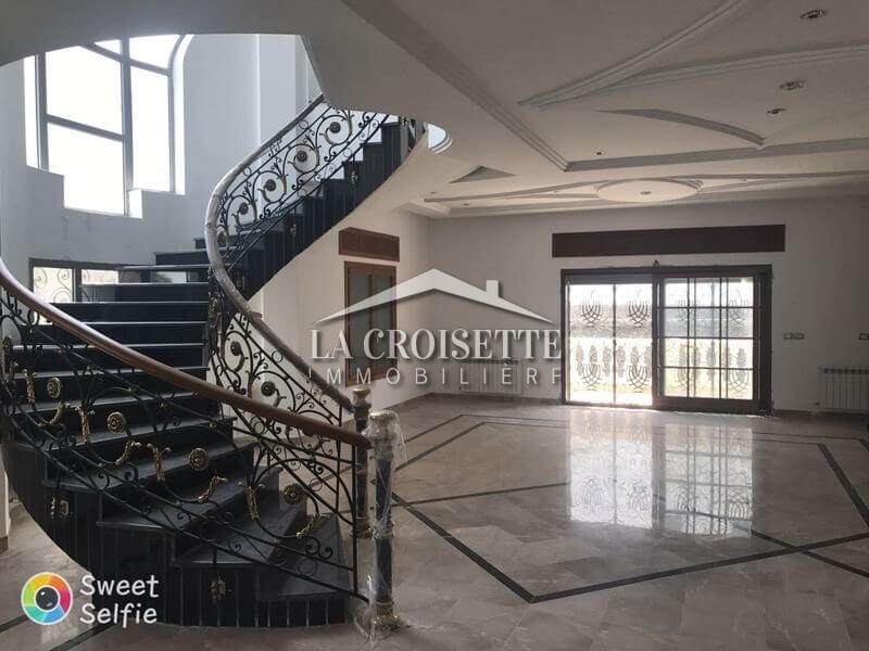 Une belle villa à Ain Zaghouan nord