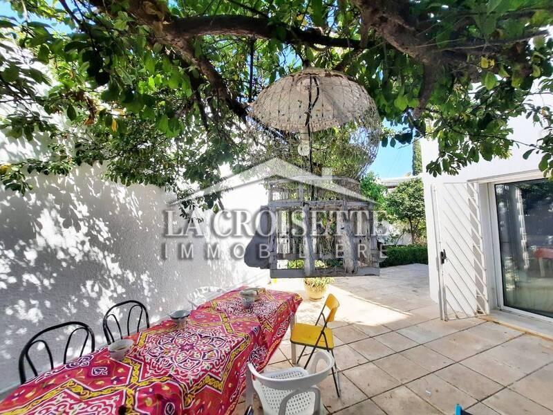 Villa S+4 avec piscine à La Marsa