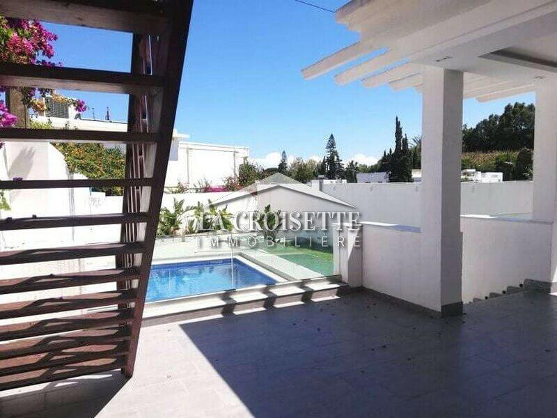 Une villa S+3 avec piscine à Carthage