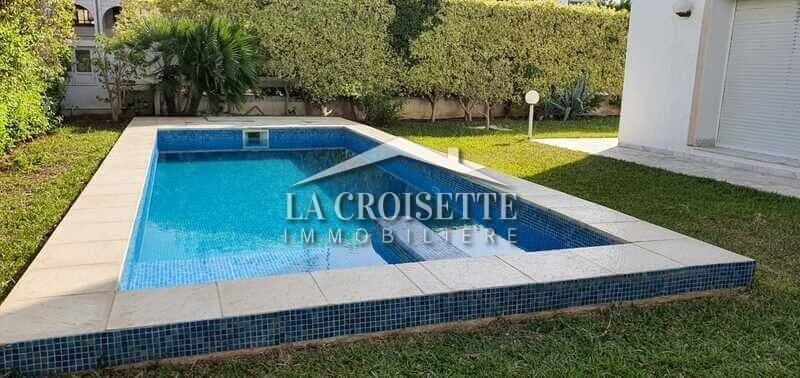 Villa S+4 avec piscine au Lac 1
