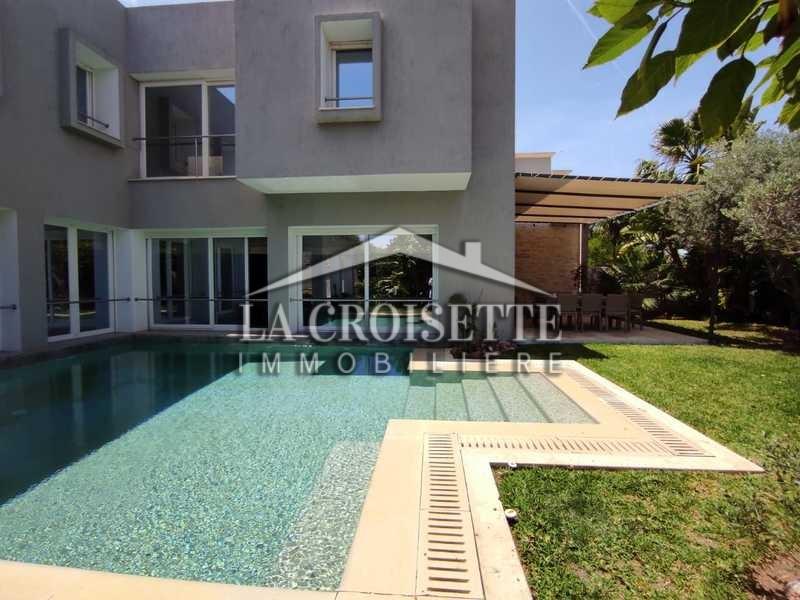 Villa avec piscine S+4 à Carthage Hannibal