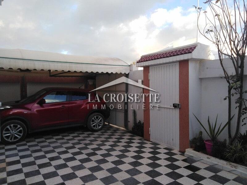 Une villas+4  à la Soukra