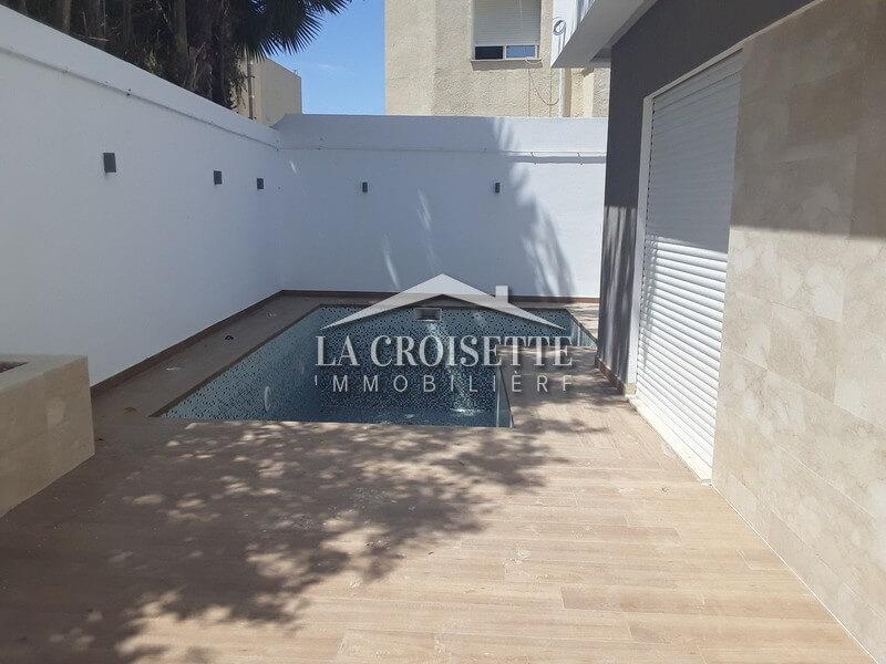 Villa neuve S+4 avec piscine à Gammarth